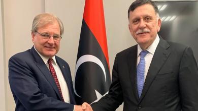 Photo of السراج يجتمع بسفير واشنطن لدى ليبيا
