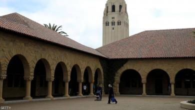 "Photo of بسبب الكورونا جامعة ""ستانفورد"" تُدرّس طلابها عبر الإنترنت"