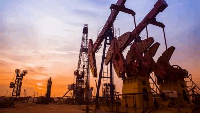 """صورة في ظل مخاوف من موجة جديدة لـ""""كورونا"""".. انخفاض أسعار النفط """