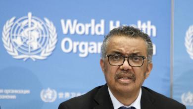 """Photo of """"الصحة العالمية"""" عن كورونا: العالم أمام فيروس فريد من نوعه"""