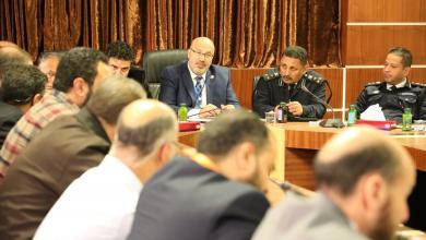Photo of المركز الوطني يستعرض مع اللجنة المختصة الخطة الوطنية لمكافحة كورونا