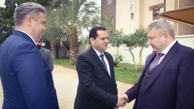 """Photo of """"الحويج"""" يبحث تعزيز الاستثمارات الروسية في ليبيا"""