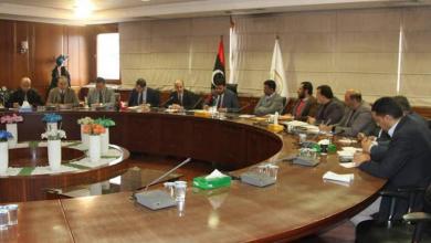 "Photo of اتفاق بين ""التعليم والمالية"" لحل جملة من المشاكل"