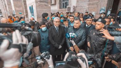 """Photo of جولة لــ""""باشاغا"""" على الأطقم الميدانية لمكافحة """"كورونا"""" في طرابلس -((صور))"""