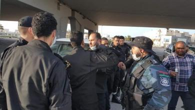 Photo of إغلاق محال في طرابلس تبيع أغذية فاسدة