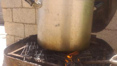Photo of الحطب.. ملاذ الليبيين في مواجهة غلاء غاز الطهي
