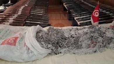 Photo of إحباط تهريب بنادق وفضة قرب الحدود الليبية التونسية