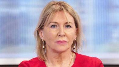 """صورة إصابة وزيرة الصحة البريطانية بـ""""كورونا"""""""