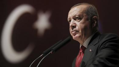 "Photo of أردوغان يدفن ""عرّاب علاقاته المشبوهة"" في جبهات ليبيا"
