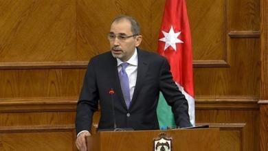 صورة الأردن يدعم دعوات الهدنة الإنسانية في ليبيا