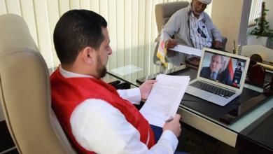 """Photo of السفير الأمريكي: ليبيا """"محظوظة"""" بجهود الهلال الأحمر"""