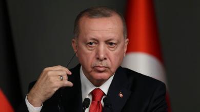 الرئيس التركي رجب الطيب أردوغان يدعو الرأي العام العالمي لما أسماه مواجهة حفتر