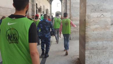 """صورة """"أولاد النادي"""".. حملة لتعقيم مؤسسات حكومية في طرابلس"""