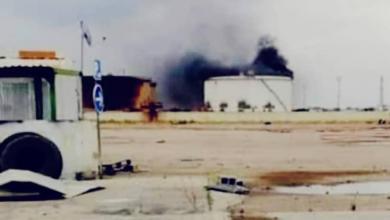 Photo of قذيفة هاون تشعل خزان بنزين بـ مستودع طريق المطار