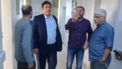 Photo of إدارة التفتيش بالحكومة الليبية تتفقد خدمات مركز الكلى بنغازي