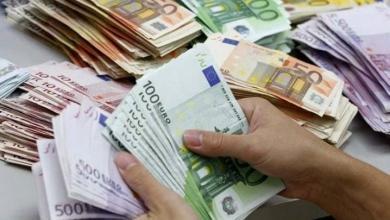 """Photo of """"صعود كبير"""" للعملات الأجنبية.. واليورو يكسر حاجز الـ7 دنانير"""