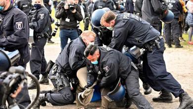 """صورة آلاف الألمان يتظاهرون احتجاجا على """"قيود كورونا"""""""