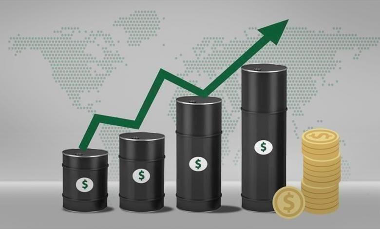 Photo of تخفيف الحجر وخفض الإنتاج يصعدان بأسعار النفط