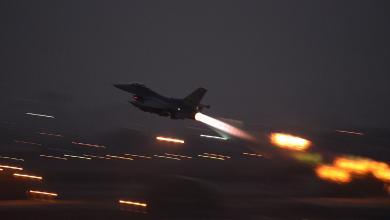"""Photo of طائرات مجهولة """"تقصف"""" أهدافاً تركية بطرابلس.. وتكشف ثغرة حسّاسة"""
