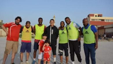 Photo of نخبة من نجوم الكرة الليبية يجتمعون بمباراة استعراضية في بنغازي