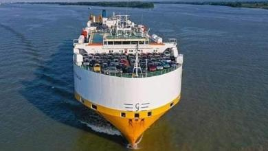 Photo of 1300 سيارة أوروبية تصل ميناء بنغازي