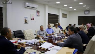 Photo of الثني يجتمع مع مدراء المستشفيات والمراكز الطبية