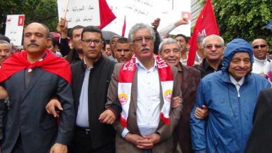 Photo of أحزاب تونسية تدين الاتصال الهاتفي بين الغنوشي والسراج