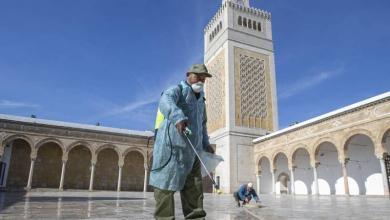 Photo of تونس تعيد فتح المساجد والمقاهي والفنادق الشهر المقبل