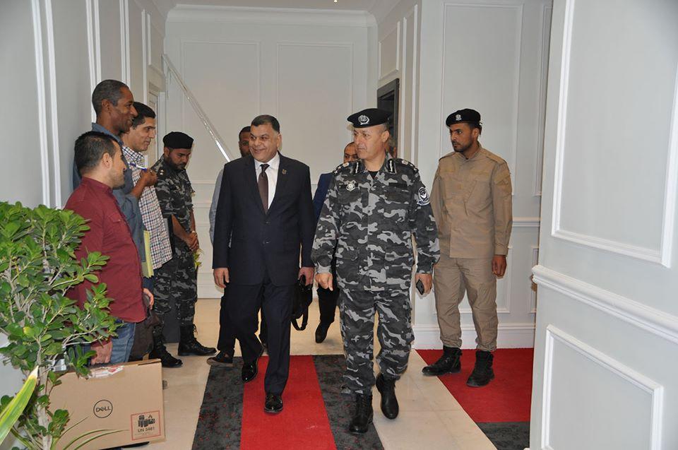 العميد خالد مازن في زيارة للإدارة العامة للعمليات الأمنية