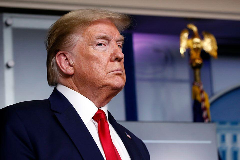الرئيس الأميركي يتناول عقار هيدروكسي كلوروكين للوقاية من كورونا