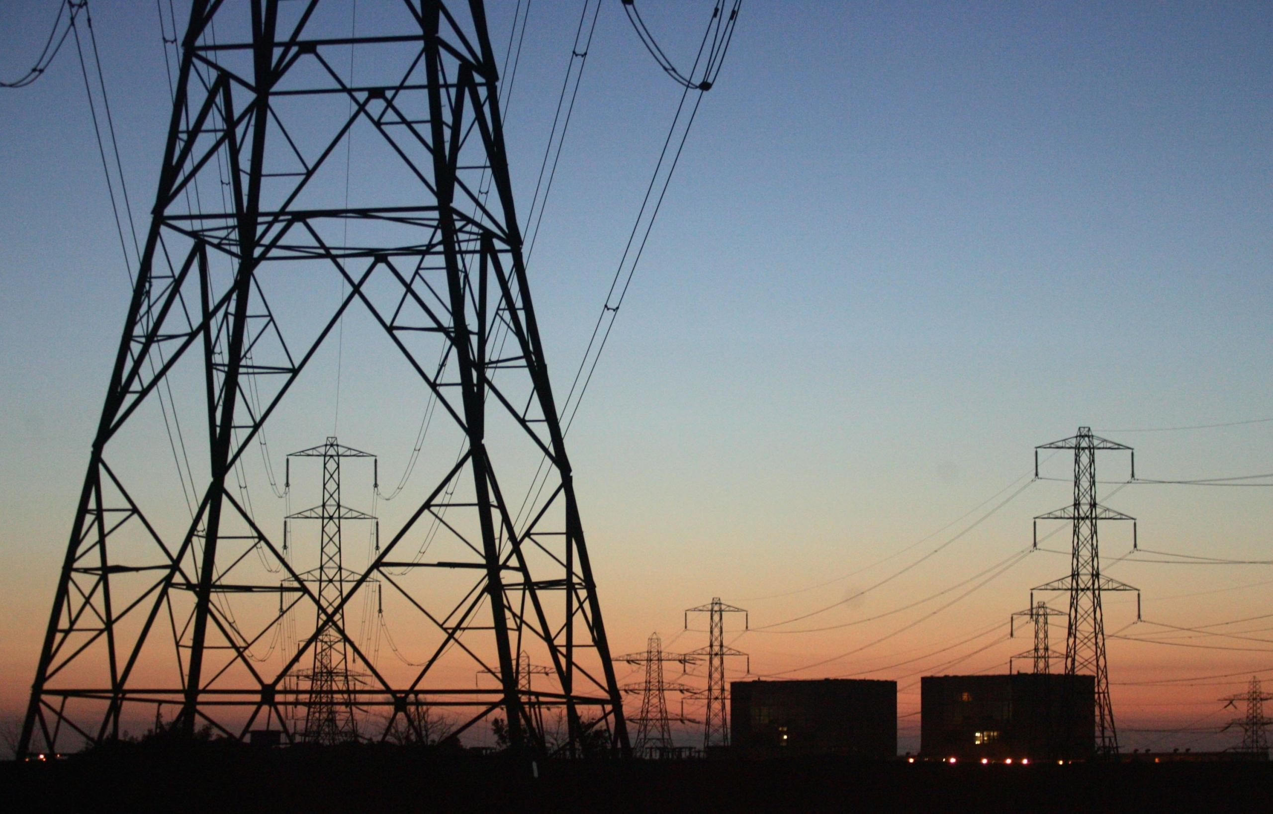 الشركة العامة للكهرباء تعلن حالة إطفاء لثلاث ساعات بمنطقة سيدي حسين في بنغازي