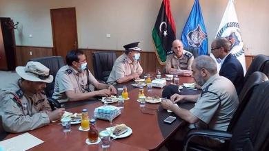 Photo of اجتماع في طرابلس لتطوير المباحث الجنائية بقسم غريان