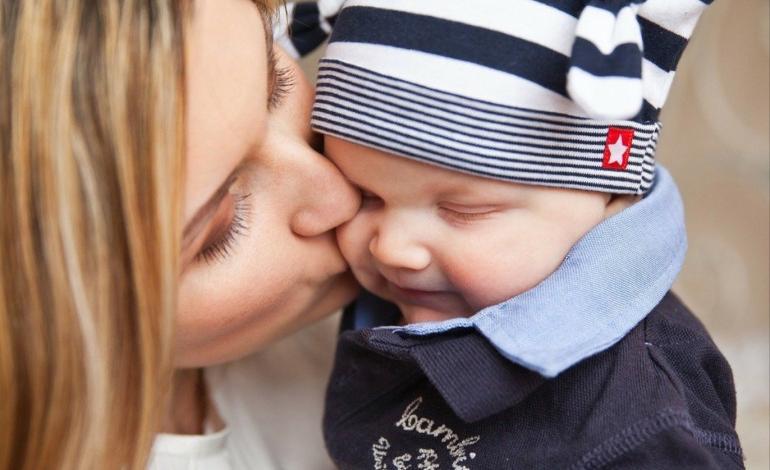 Photo of متلازمة القبلة لدى الأطفال.. مرض خطير هل تعرفين ما هو؟