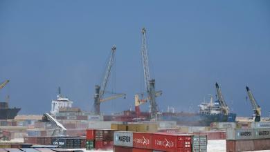Photo of حركة نشطة للسفن التجارية في ميناء طرابلس