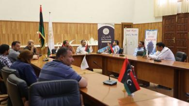 Photo of لجنة تنظيم وتوزيع الوقود وغاز الطهي بزليتن تناقش أسباب توقف المحطات