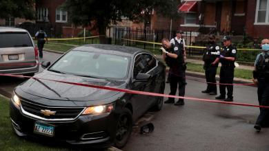 Photo of إصابة 14 شخصا بإطلاق نار في شيكاغو