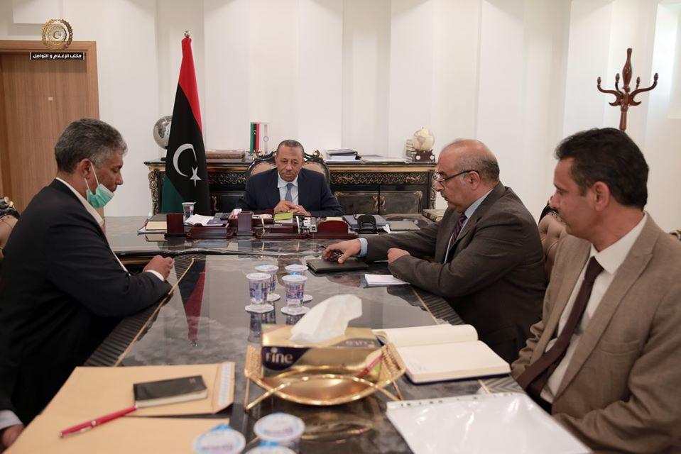 رئيس الحكومة الليبية عبدالله الثني يبحث مع النائب اسماعيل الشريف أوضاع بلدية الجفرة