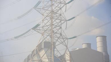 Photo of حريق ضخم يؤدي لتوقف 5 وحدات كهرباء بطرابلس