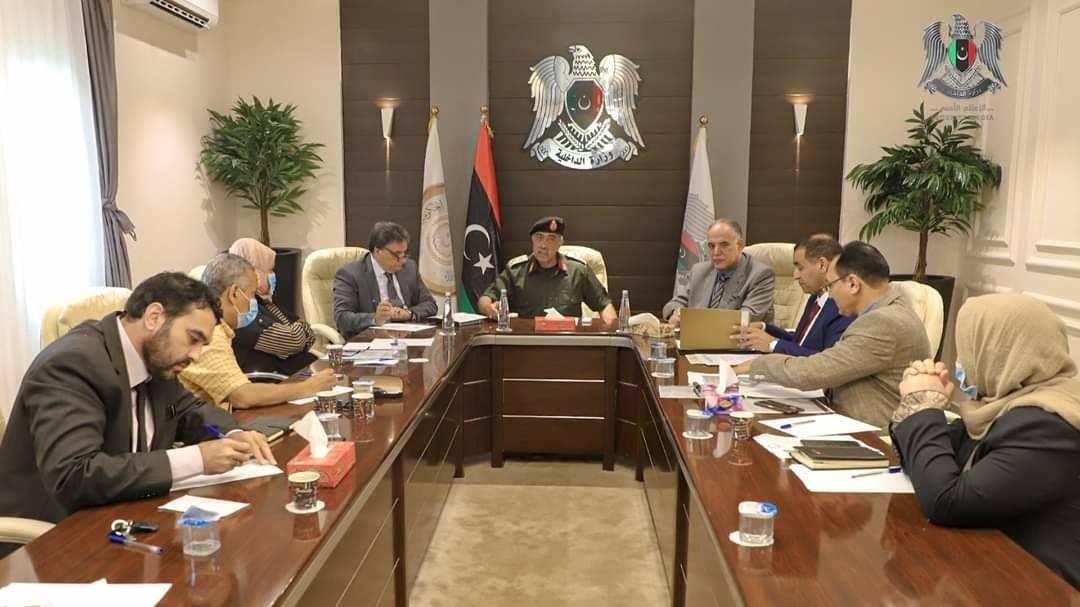 اللجنة العليا لمكافحة كورونا مع اللجنة الطبية الاستشارية