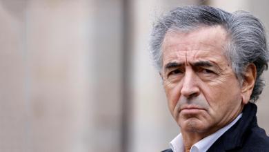 "Photo of ""عرّاب الانتفاضات"" يتجوّل في ليبيا.. واستنكار واسع يُرافقه"