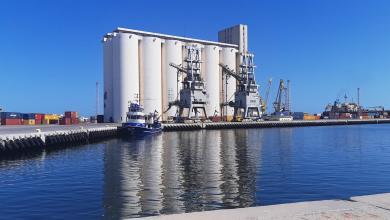 Photo of ميناء طرابلس يستقبل أطناناً من الغاز والإسمنت