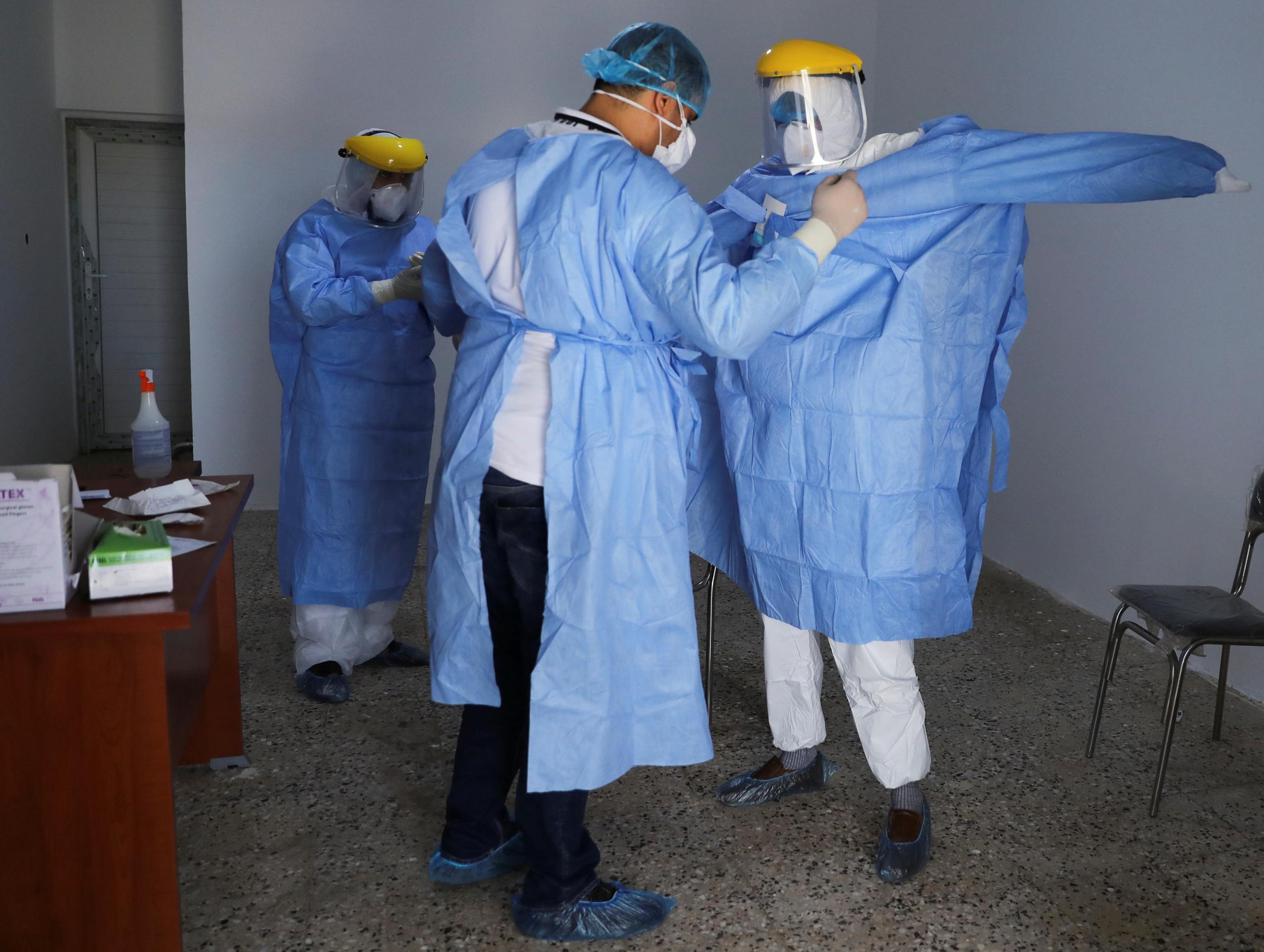 ليبيا تسجل 50 إصابة جديدة بفيروس كورونا في 10 مدن وحالة وفاة في بلدية الجفرة