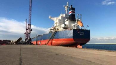 Photo of ميناء طرابلس يستقبل بواخر سلع متنوعة وشعير