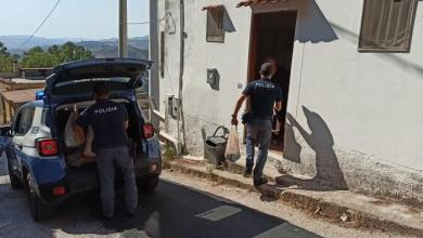 صورة الشرطة الإيطالية تستجيب لمُسن جائع ولا يملك النقود