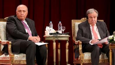 صورة شكري يؤكد لغوتيريش حرص القاهرة على الحل السياسي في ليبيا