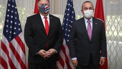 صورة أوغلو يبحث مع نظيره الأمريكي مايك بومبيو التطورات في ليبيا