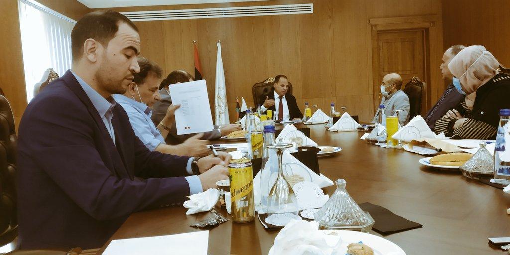 اجتماع موسع للحكومة الليبية في بنغازي للوقوف على مستجدات التطور الوبائي لجائحة كورونا