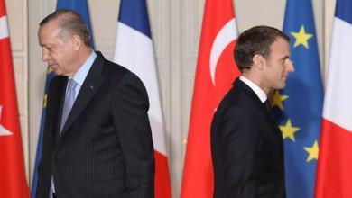 Photo of التدخل في ليبيا يُصعّد الاتهامات بين باريس وأنقرة