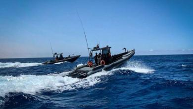 Photo of الجيش الوطني يستهدف قارباً انتهك المنطقة العسكرية المحظورة