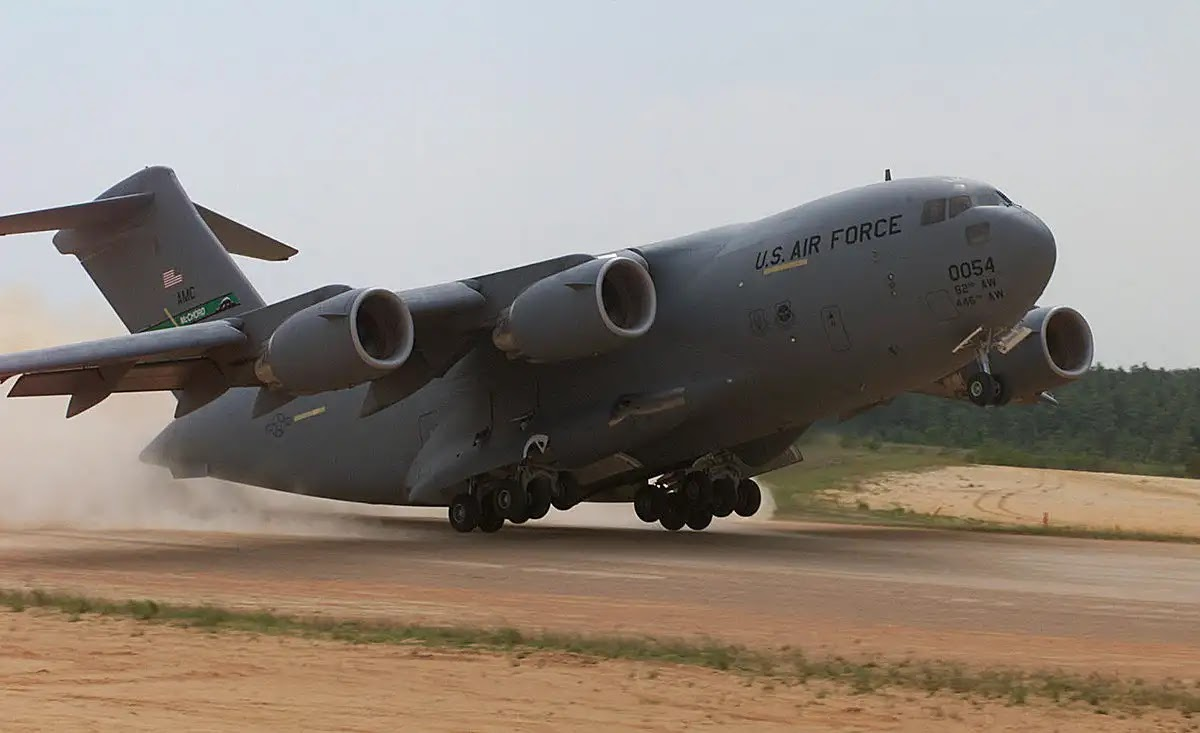 بوينغ C-17A